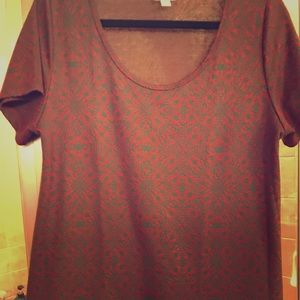 Lularoe Classic Tee Large Embossed design!